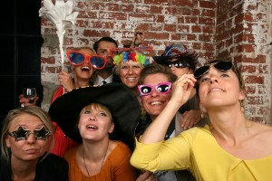 Gäste mit Photobooth