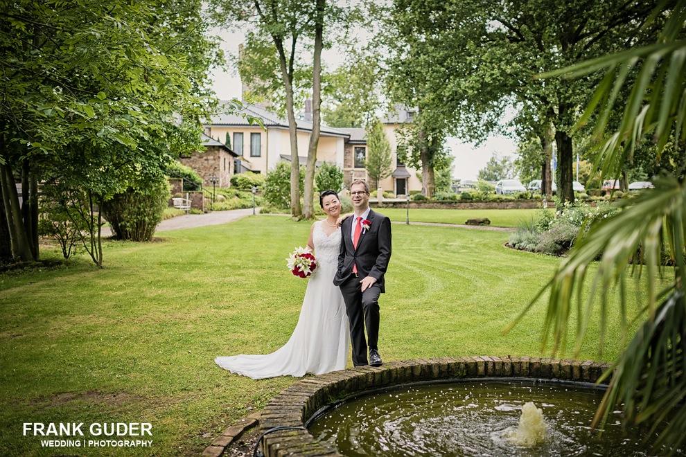 Hochzeitsfotograf Burg Schwarzenstein-Brautpaarportrait