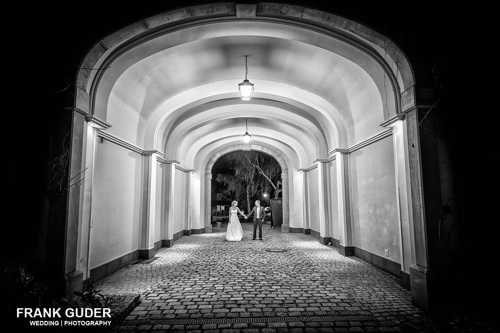 Hochzeitsfotograf Hofgut Georgenthal-Brautpaar am Abend